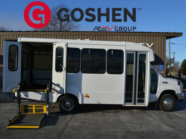 Bus For Sale Wisconsin: 2011 FORD E-450 -