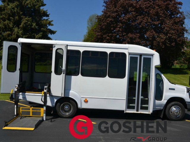 Bus For Sale Wisconsin: 2011 Ford Econoline E450 -